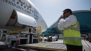 مجموعة من أفضل حلقات برنامج مطار دبي الدولي