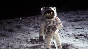 Apollo: Missions to the Moon show