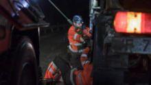 فريق إنقاذ الطرق الجليدية: مخاطر الطريق السريع برنامج