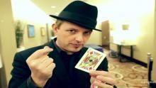 Apollo Robbins on Illusion Confusion show