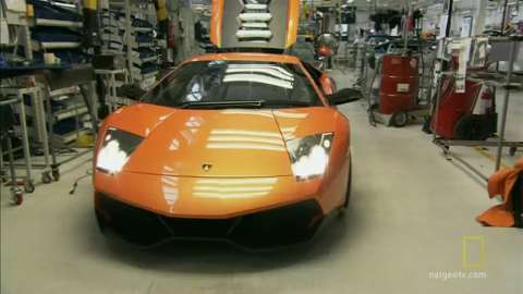 Final touches on a Lamborghini